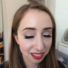 Makeup Artist Nottingham - Professional Mobile Wedding Makeup Artist. UK Bridal Makeup Artist.