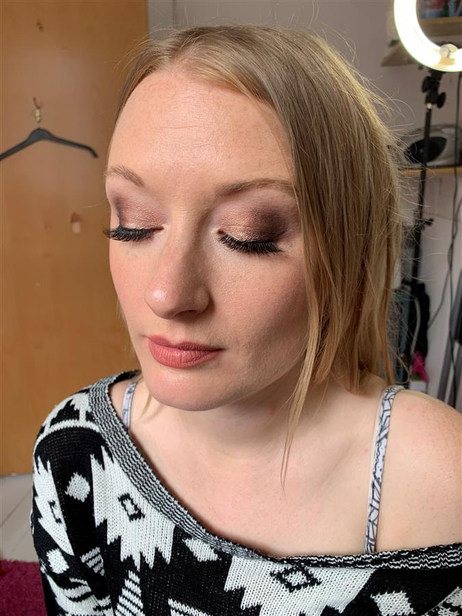 Jen's wedding trial makeup