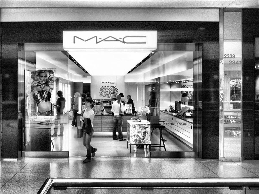 MAC makeup shop front